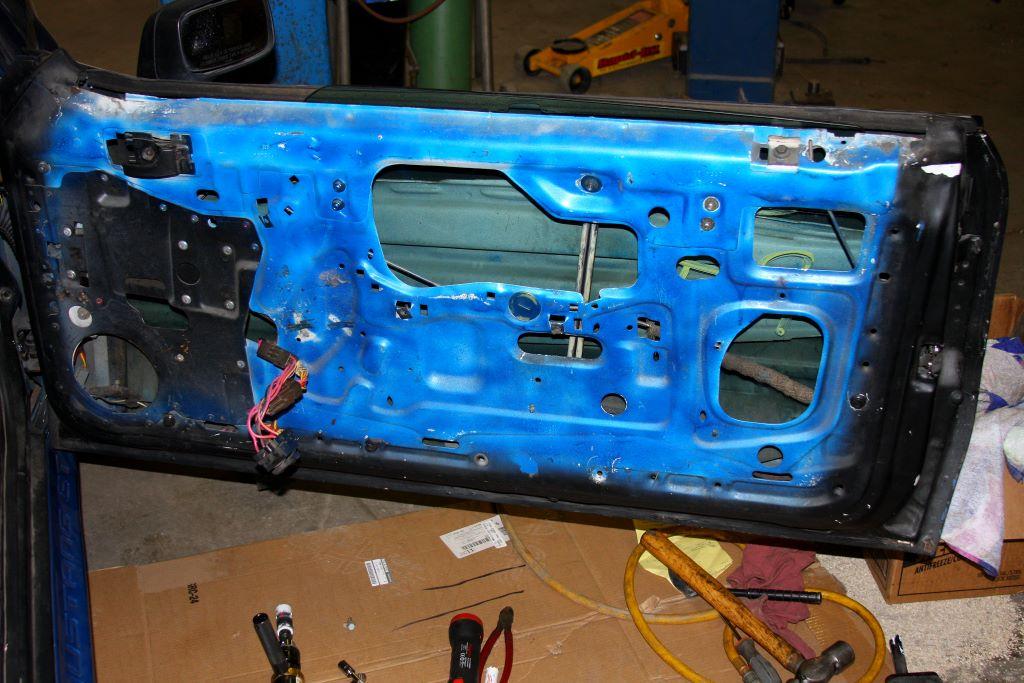 Removing door bracing ford mustang forums for 05 mustang door panel removal